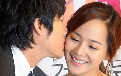 "Eugene ""Jealous"" over Hubby's Peck-on-the-Cheek Scenes"