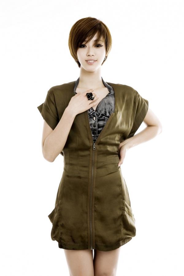 T-ara's Eunjung Loses Money in Italy