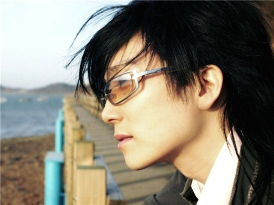 Seo Taiji in the U.S. to Work on 20th Anniversary Project