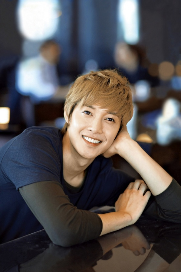 Kim Hyun Joong Set to Break Record in Singapore
