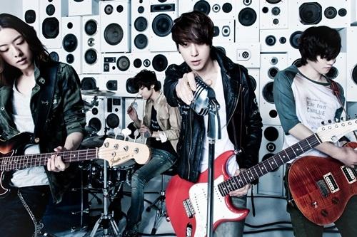 "CNBlue Called ""The Beatles of Korea"""