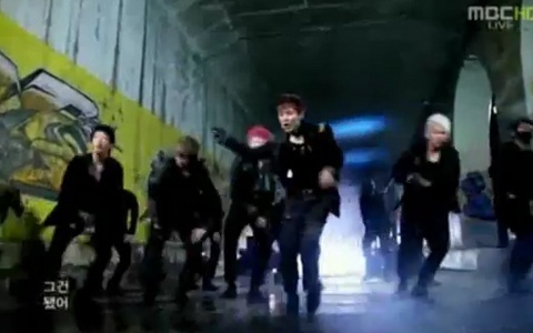 """B.A.P Makes Their """"Power"""" Comeback on Music Core!"""
