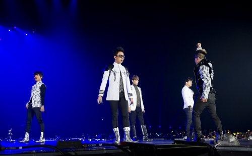 "KBS ""Music Bank"" – Mar. 16, 2012"