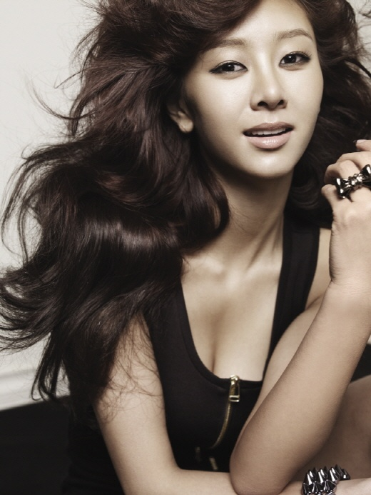 G.NA Celebrates Her One Year Anniversary Since Debut