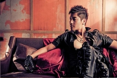 Kim Hyun Joong Had Three Guys Confess to Him on the Same Day?