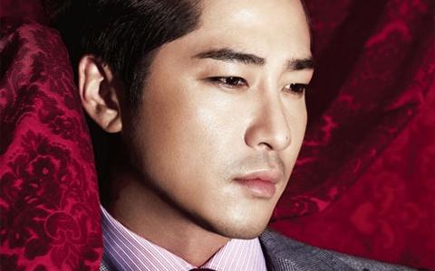 Kang Ji Hwan for Officiel Homme
