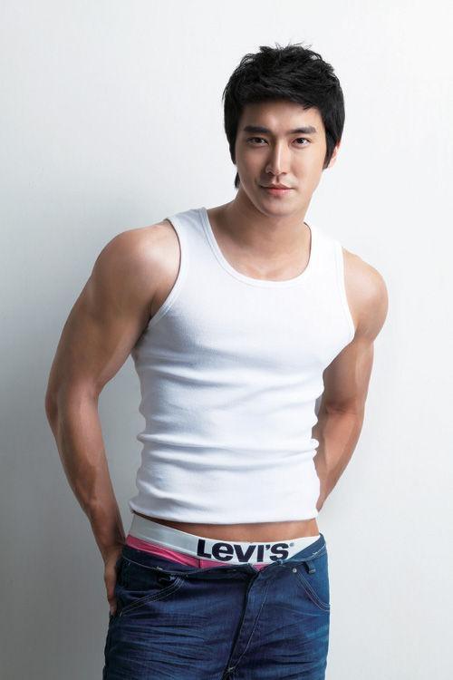 Super Junior Siwon Abs