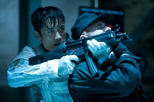 How Is Lee Byung Hun's Character Storm Shadow Alive Again in G.I. Joe: Retaliation?