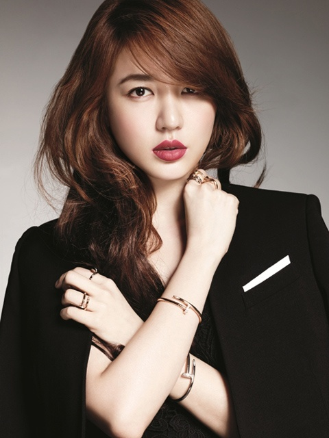 Yoon Eun Hye Elegant and Classy for Cartier Jewelry