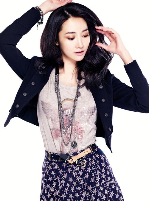 Go Joon Hee Models for TNGT