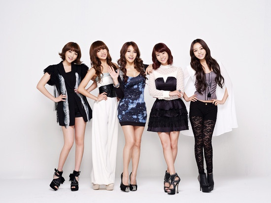 Kara Extends Contract with Universal Music Japan