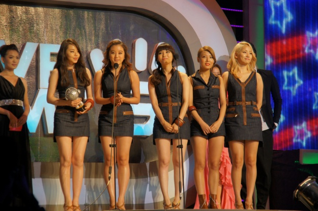 Wonder Girls Win Highest Selling Foreign Group Award in China