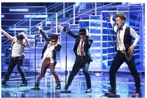 "Boyz II Men Invites ""Superstar K3's"" Ulala Session to Seoul Concert"