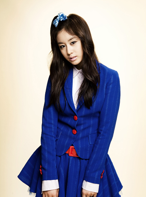 T-ara's Jiyeon Resembles Her Brother