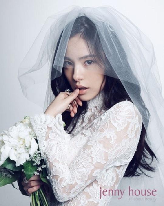Min Hyo Rin: Sexy, Cute, Innocent Wedding Shoot