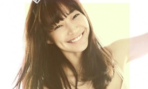 """Shin Min Ah Is American """"Vogue's"""" It Girl"""