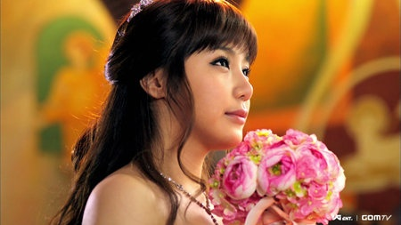 "Park Bom's ""You And I"" Is The Best Online song for Nov."