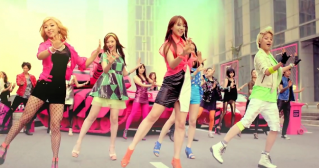 """f(x) Releases MV for """"Hot Summer"""""""
