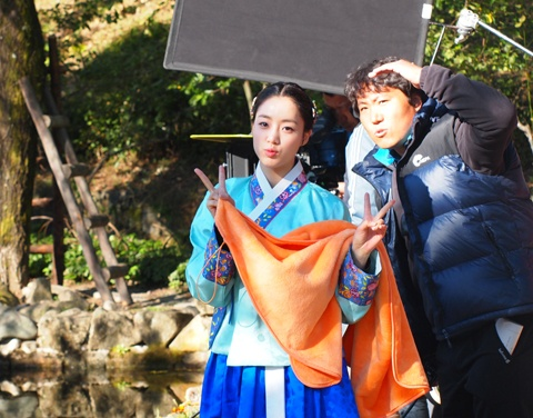 "First Look Into T-ara Eun Jung's New Drama ""Queen Insoo"""