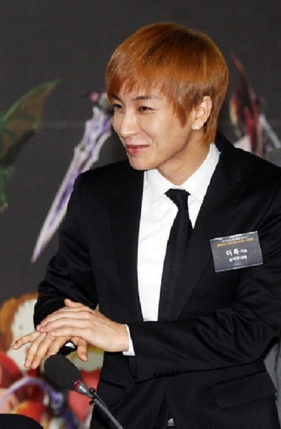 "Lee Teuk: ""Killer Schedule? What do you mean by Killer?"""