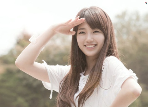 miss A Suzy Tweets in Pinyin Chinese and Korean Much to Fans' Delight