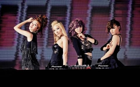 """Secret, """"Going Head-to-Head with SNSD? We Have Our Weapons"""""""