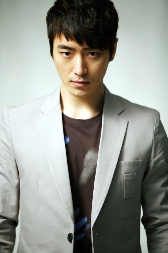 "Lee Jun Hyuk of ""City Hunter"" Joins ""The Equator Man"" as Villain"