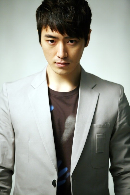 "Lee Jun Hyuk of ""City Hunter"" Joins ""The Equator Man"" as Villain"