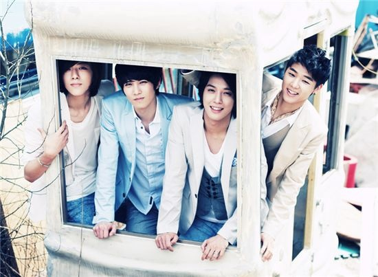 CN Blue Goes Double Platinum In Taiwan