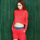 """Spy Myung Wol's"" Han Ye Seul Bares Midriff and Displays Flawless Body"