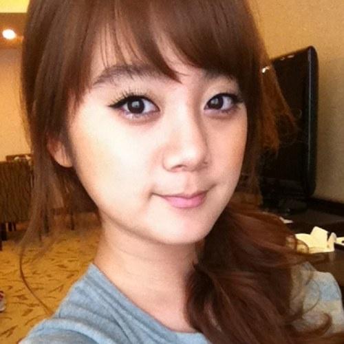 Wonder Girls' Hye Lim Tweets Behind the Scenes Photo from Teen Nick Movie