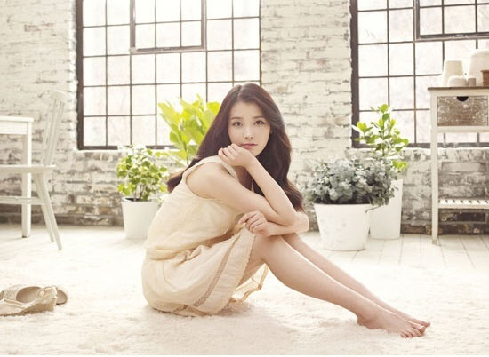 """IU's Music Video for """"Good Day"""" Japanese Version is Revealed"""