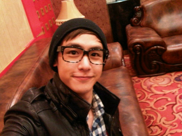 Nich Khun Considers Working at Starbucks