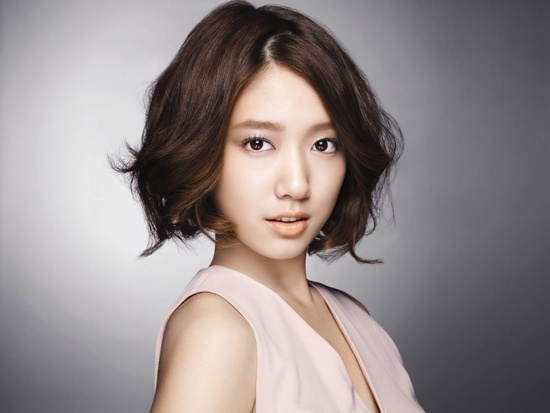 Park Shin Hye Shows Off Her Great Skin