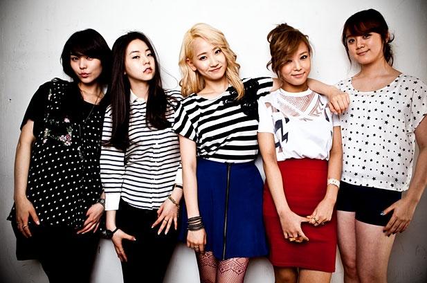 "Wonder Girls Cover ""Nothin' On You"" for Billboard.com's Mashup Mondays"