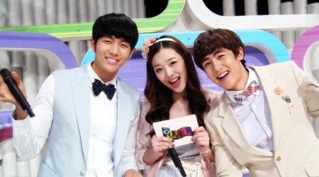 """Nichkhun, Seulong, and Sulli's New Sitcom """"Welcome to the Show"""""""
