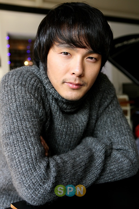 Park Yong Ha Dead at 33
