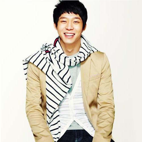 "Park Yoo Chun Reports His ""Survival"""