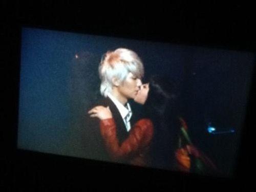SNSD's Tiffany and TRAX's Jungmo's False Kissing Rumors?