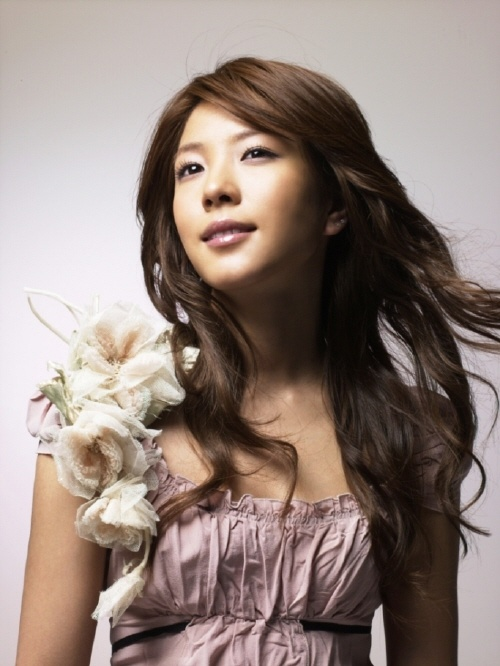 """BoA's Different Fashion Style Adds Fun to """"K-Pop Star"""""""