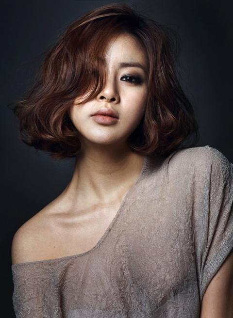 """Dream High 2's"" Kang So Ra Flaunts Her S-Line"