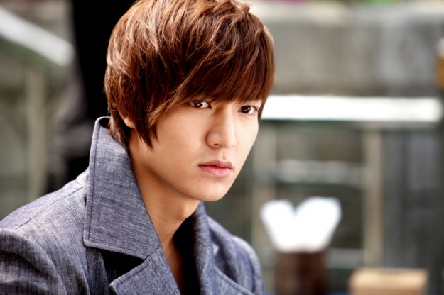"""Lee Min Ho Is Offered the Lead Role in """"Faith"""""""