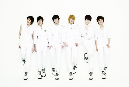 Boyfriend to Hold Japanese Debut Showcase at the Budokan in June