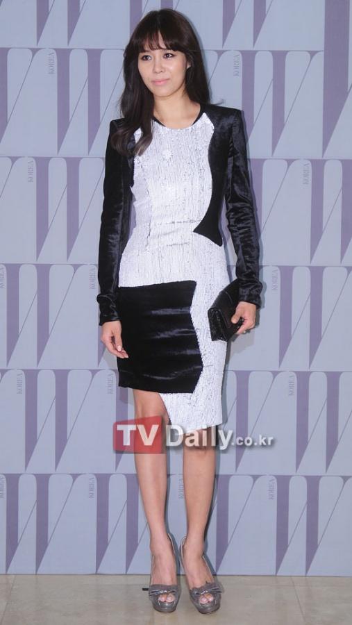 Ock Joo Hyun Goes to Vienna to Improve Her Acting