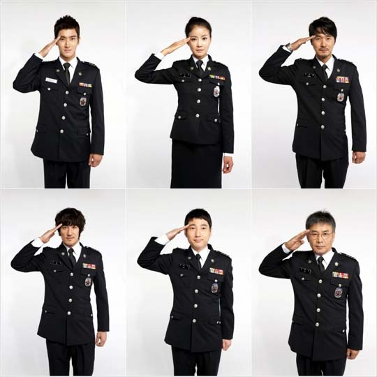 Siwon Gives a Military Salute with the Cast of Poseidon