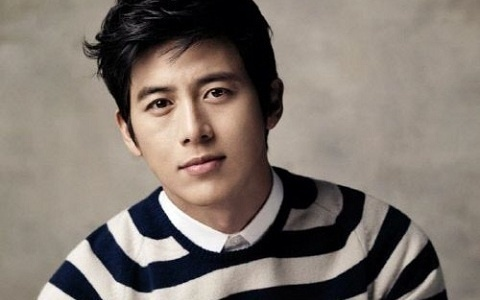 Go Soo Files Lawsuit against a Modeling Agency for Embezzlement