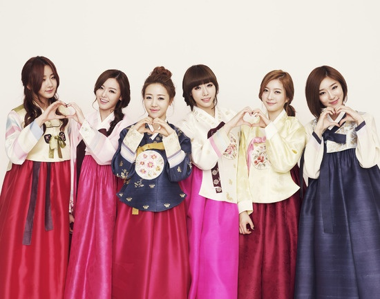 Dal Shabet Dresses In Han Bok For Lunar New Years Greeting