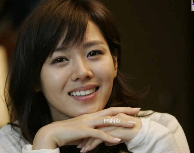 """Son Ye Jin to Debut in China: """"I Want to Challenge Myself Before It's Too Late"""""""