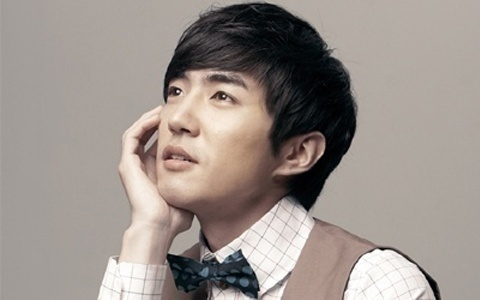 Danny Ahn Creates Laughs on Happy Sunday