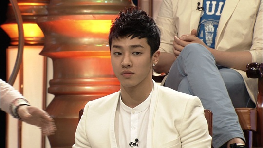 """BEAST's Lee Ki Kwang Shares a Surprising Story on SBS's """"Night After Night"""""""